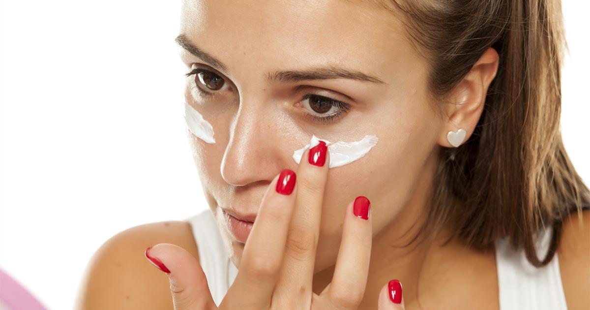 ¿Sabes lo que contiene tu crema facial hidratante?
